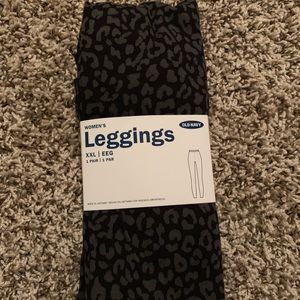 NWT Old Navy Patterned Leggings